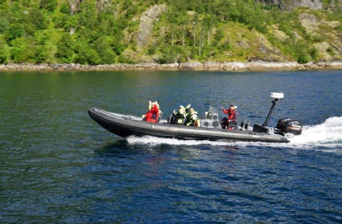 Bilde av rib-båt på sjøen, illustrasjonsfoto, personskade